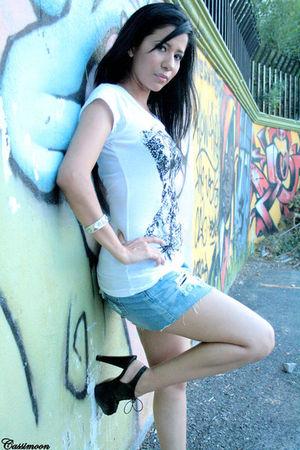 black shoes - gray skirt - white t-shirt