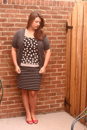 Forever 21 shirt - Ann Taylor Loft cardigan - cutesygirlcom wedges