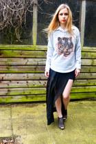 Ebay skirt - Seashells vintage sweater - Urban Outfitters heels