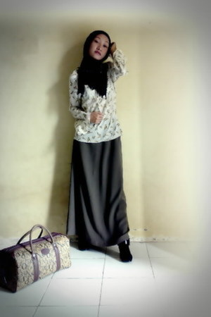 black shoes - Black Shawl scarf - brown bag - floral printed blouse - grey skirt