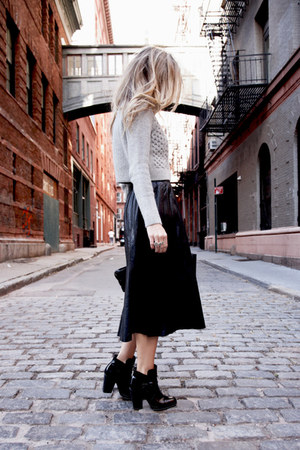 black ankle boots Tibi boots - silver Club Monaco sweater