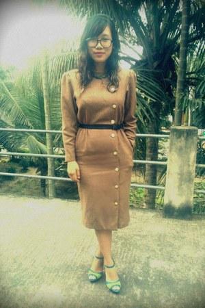khaki thrift dress