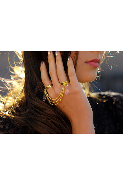 Kristin Perry ring