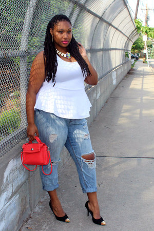 white peplum fashion to figure top - blue boyfriend jeans Forever 21 jeans