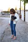 Levis-jeans-chanel-bag-vintage-cardigan-moschino-belt