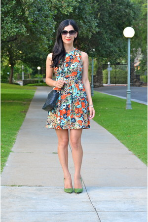 aquamarine Ducks in a Row dress - black Chanel bag - chartreuse Shoedazzle heels