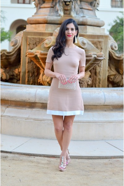 nude SANDRO dress - light pink Valentino coat - light pink Miu Miu heels
