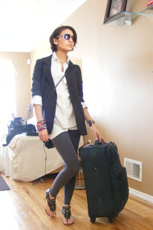 black blazer - gray leggings - black shoes - white shirt