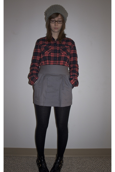 9f27a6c065 gray BDG hat - red BDG shirt - gray Hawks skirt - black Urban Outfitters  tights