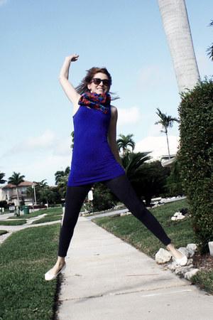 hot pink H&M scarf - dark gray H&M leggings - navy Only shirt