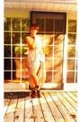 Dark-brown-leather-steve-madden-boots-beige-chiffon-silk-francescas-dress