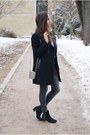 Black-river-island-boots-black-biker-studded-blanco-coat