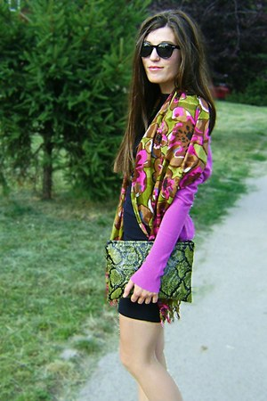 green snakeskin DIY bag - black little black DIY dress