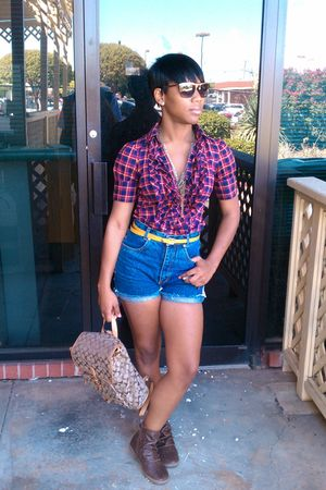 victoria secret shirt - vintage shorts - Aldo shoes - coach bag