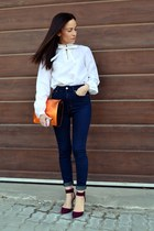 navy high waisted Zara jeans - white vintage shirt - carrot orange Zara bag