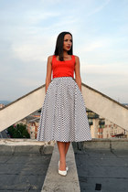 white Velvet skirt - red Zara top - white vintage pumps
