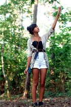 white Zara shorts - beige Bershka cardigan - green purse - black Mango top - gol