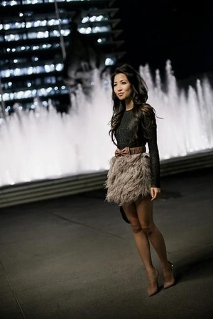silver skirt - dark gray blouse - neutral heels