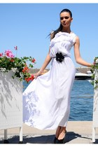 white Zonia dress