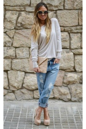 sky blue jeans - off white blouse - peach heels