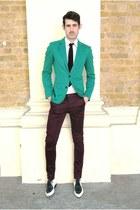 green blazer - white shirt - maroon pants - magenta tie