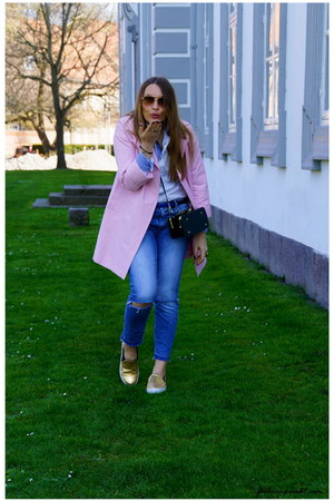 bubble gum asos coat - blue GINA TRICOT jeans - forest green &otherStories bag