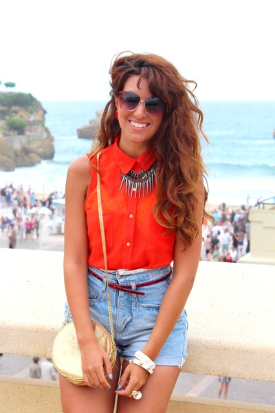 red new look blouse - gold H&M bag - sky blue vintage shorts