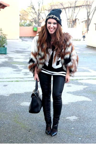 black asos hat - bronze asos coat - black Forever 21 bag - black Pimkie top