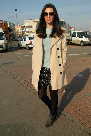 beige trench Zara coat - dark gray ankle boots Deichmann boots - black H&M dress