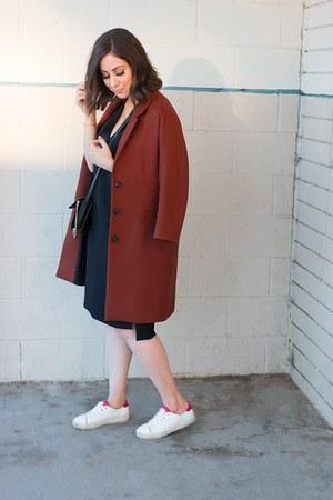 black vince dress - brick red Zara coat - black faye Chloe bag