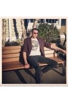 gray H&M jeans - crimson H&M blazer - white H&M t-shirt