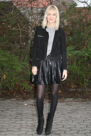 black gestuz skirt - black acne boots - whyred jacket