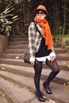 black SportShoes boots - black checkered Eva Pelora coat