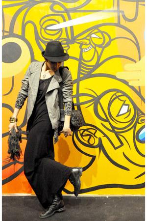 black from Italy boots - black collins dress - black El sombrero hat - heather g