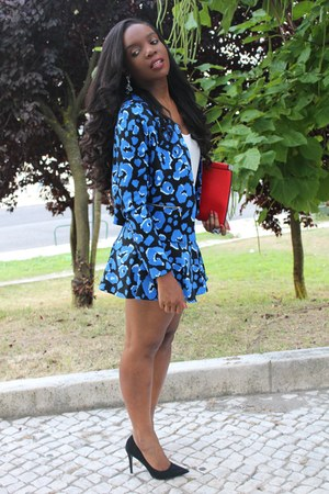 blue Primark jacket - red Zara bag - blue Primark skirt - black Zara pumps