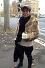 Light-brown-wool-brandalley-femme-hat-tan-faux-fur-glamboutique-jacket