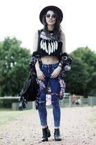 black H&M boots - blue new look jeans - black feathers top