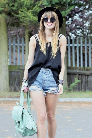 black top - blue ripped  denim shorts