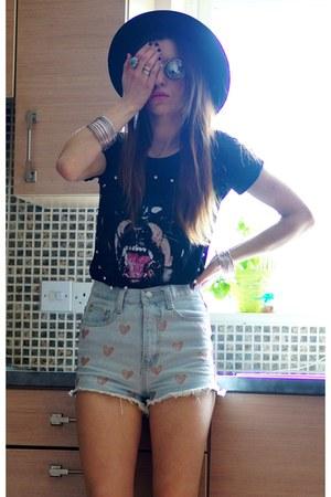 Sheinsidecom t-shirt - chicnovacom shorts