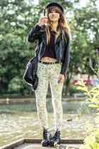 black boots - floral print pants