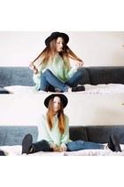 Sheinsidecom sweater - Primark jeans - Oasapcom hat