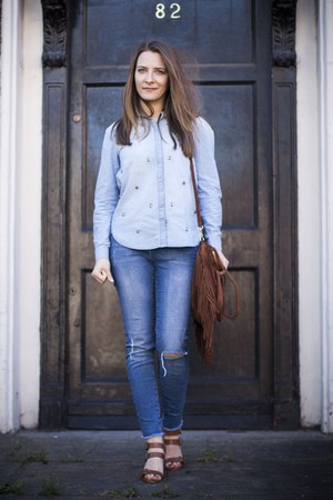 blue River Island jeans - blue H&M shirt - brown Zara heels
