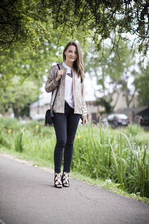 black jeans - jacket - white t-shirt - black Zara sandals
