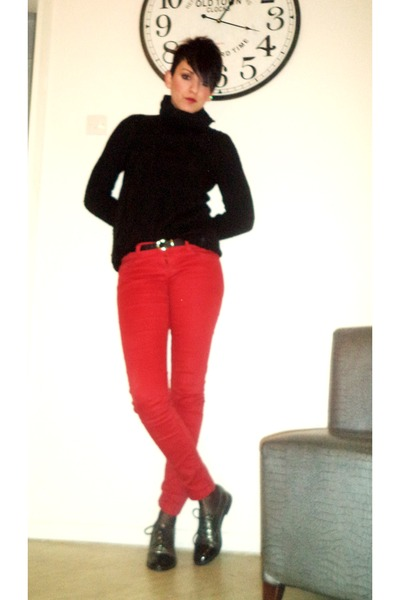 red H M pants - heather gray Migato shoes - black Stradivarius blouse