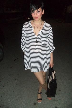 white H M dress - black H M bag - ivory pull&bear sandals