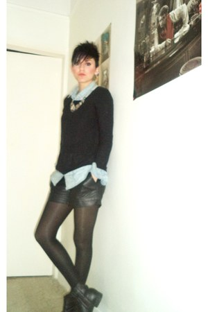 light blue Stradivarius shirt - black H M shorts
