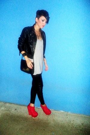 H&M leggings - Bershka jacket - H&M bag - Combo heels - Stradivarius blouse