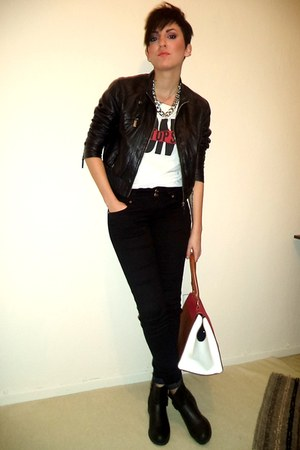 black Bershka coat - ruby red Celine bag - white Bershka t-shirt