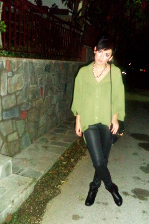 olive green Stradivarius shirt - black H&M bag - black Bershka pants