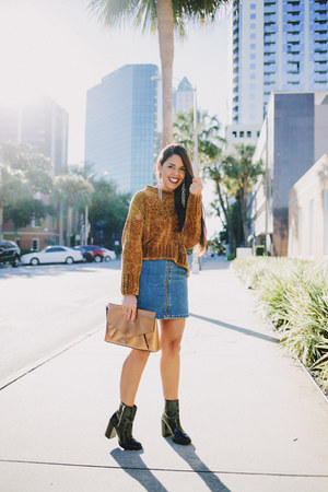 mustard Zara sweater - black ankle Forever 21 boots - navy denim Zara skirt